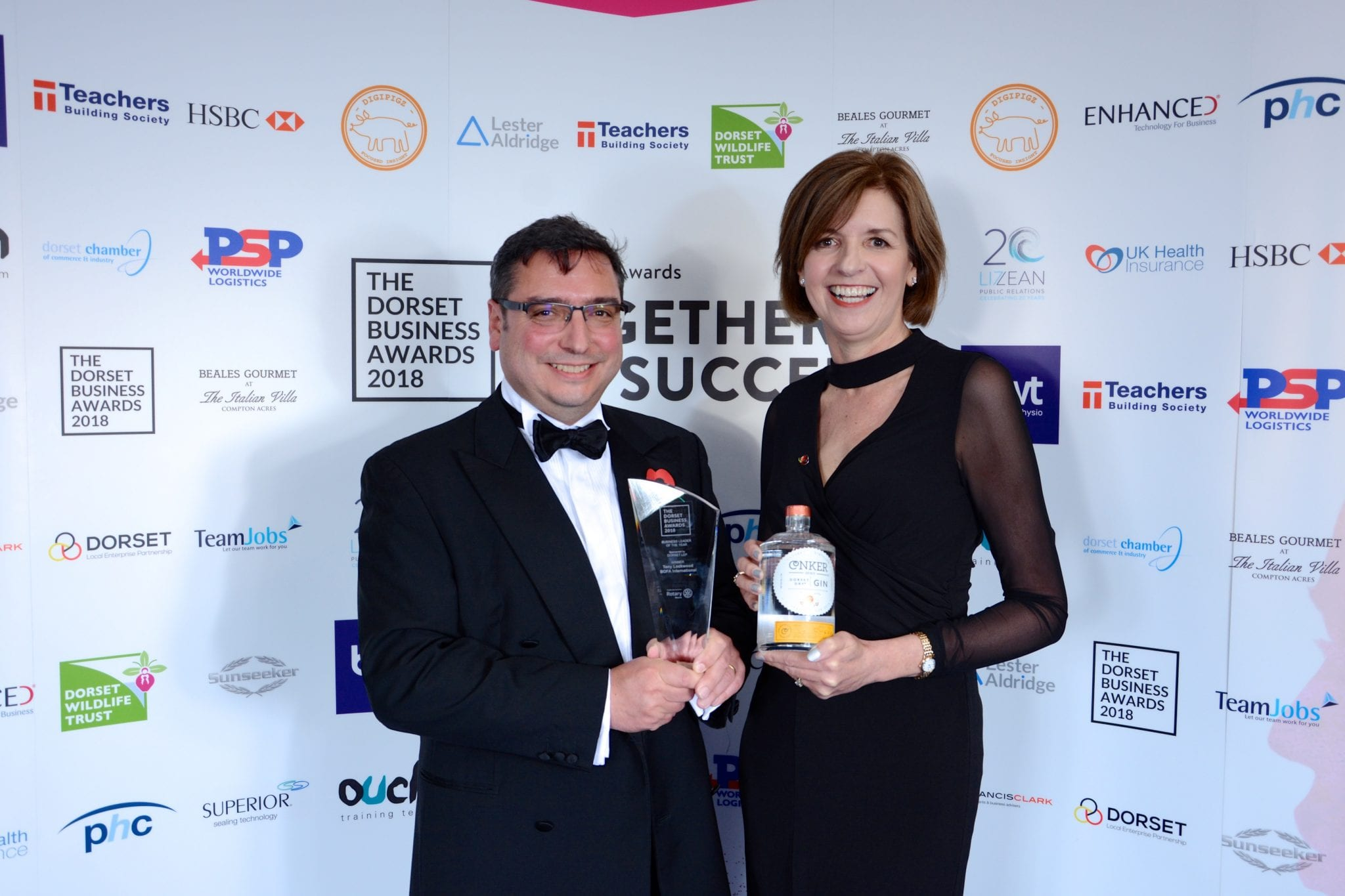 BUSINESS LEADER OF THE YEAR WINNER Sponsored by Dorset LEP Tony Lockwood | BOFA International Ltd